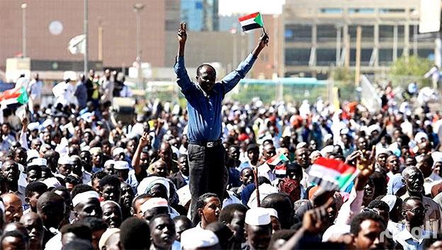 الحزب الشيوعي العراقي: لتنتصر إرادة الشعب السوداني الحرة